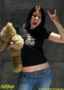 Amanda | Foamy and Teddy | Photos by Demon Dolls Photography