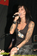 Bif Naked - Durty Nellie's Palatine, IL November 2005 | Photos by Adam Bielawski