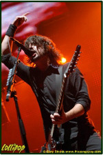 Foo Fighters - Continental Arena Meadowlands, NJ October 2005 | Photos by Gary Strack