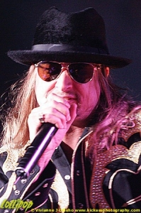 Kid Rock - Allstate Arena Chicago, IL April 2006   Photos by Vivianne J. Odisho